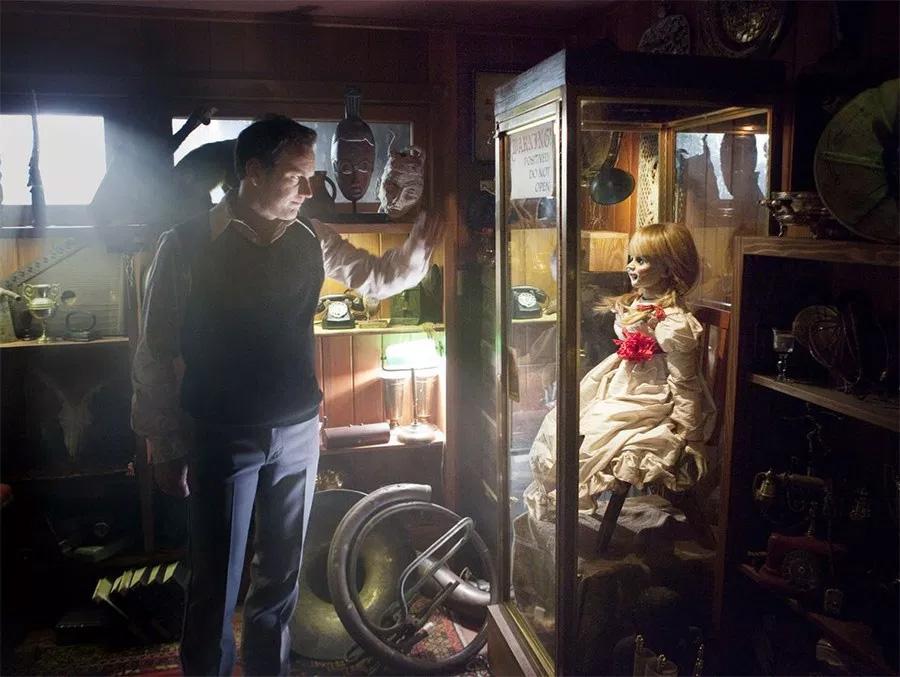 Detalhes da sequência Annabelle 3 são revelados por diretor. Confira
